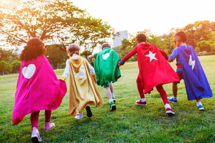 Prebudi superjunaka v otroku